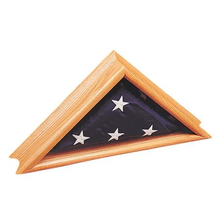 Deluxe oak flag case